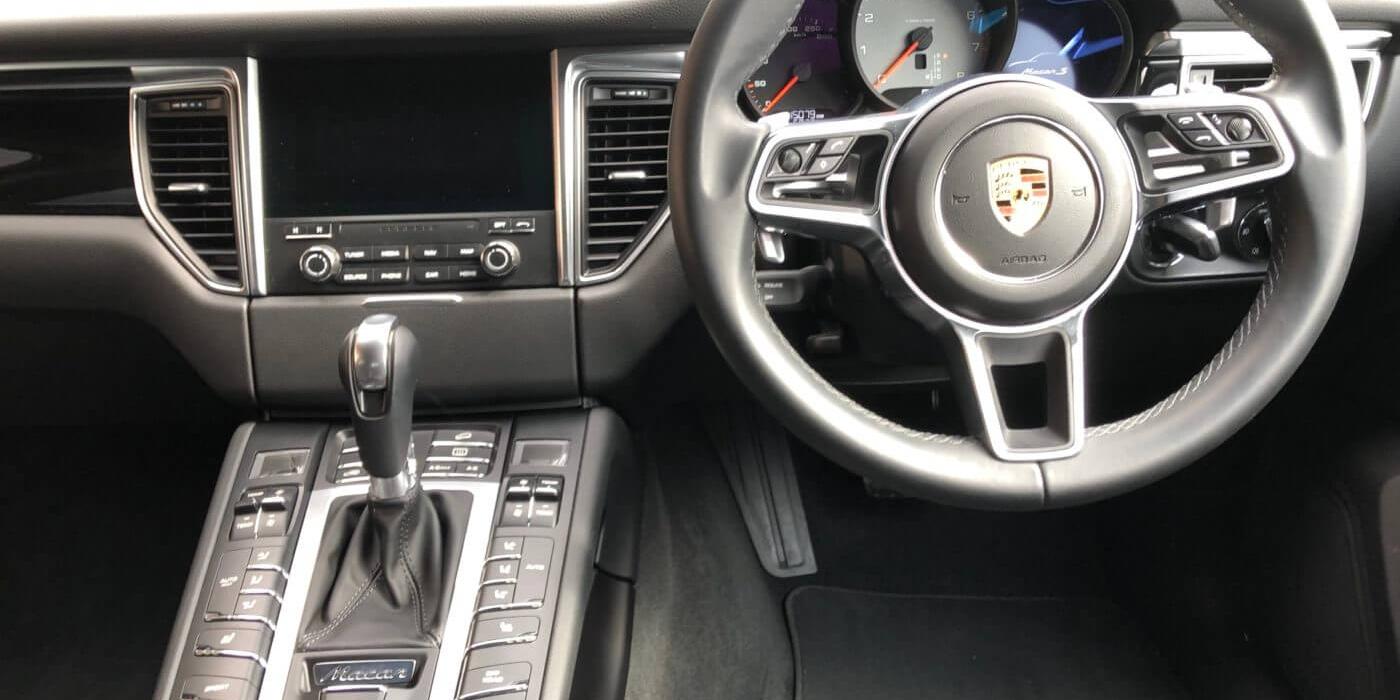 ポルシェ マカンS PDK 4WD スポーツクロノPKG