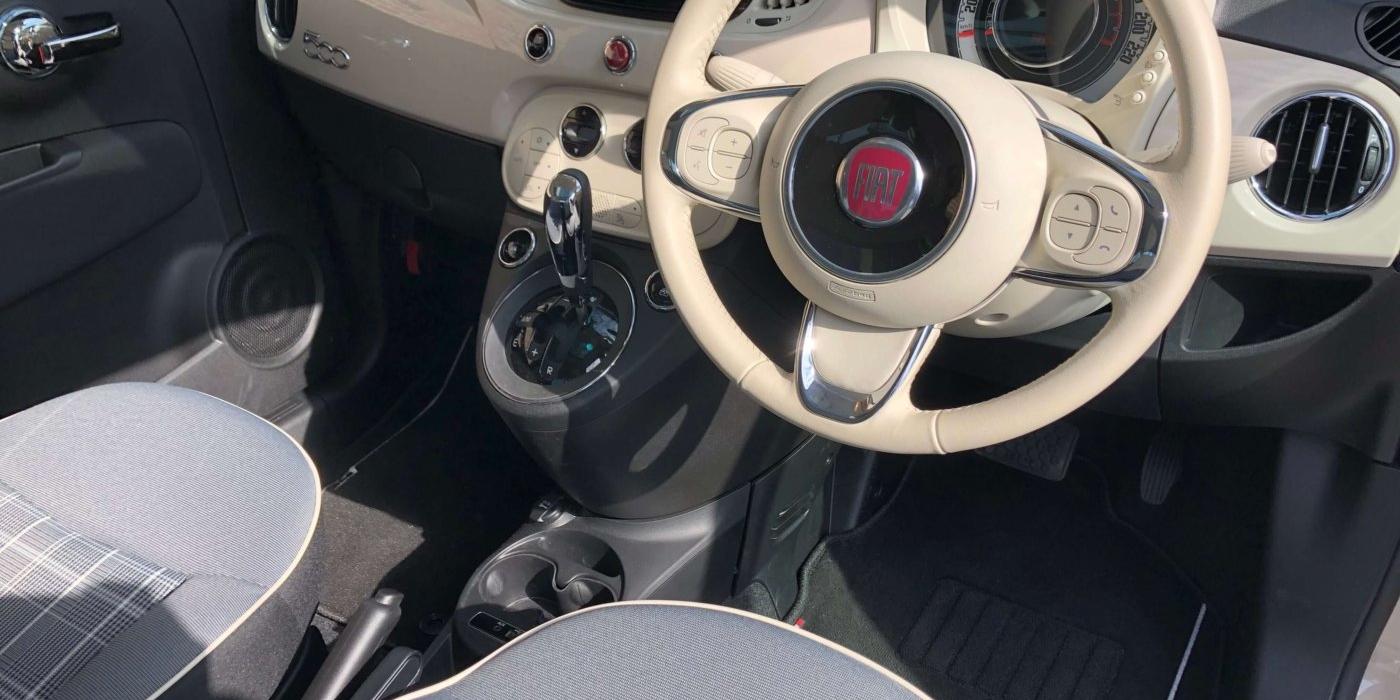 フィアット 500(チンクエチェント) プーラ