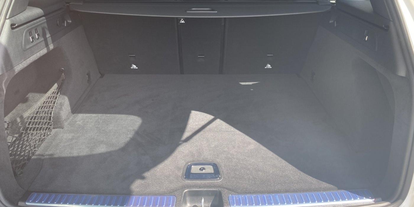 メルセデスAMG GLC43 4マチック 4WD